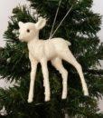 Sød lille hvid bambi med glimmer til ophæng.
