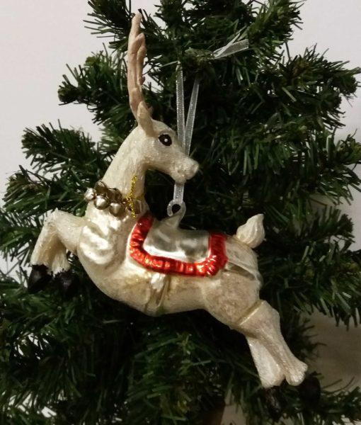 mett-mari-ophaeng-jul-hjort-hvid-saddel-bjaelder-glas-1