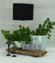Mett-mari-ballerina-dekoration-indretning-inspiration-potte-lampe-hvid-reklamer-nejtak-skilt-ansigt-hovede-vase-blaa-370x436