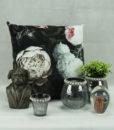 Mett-mari-inspiration-dekoration-vase-fyrfadsstage-byste-hund-blomster-pude-print-perler-krakeleret-pynt-fint-goble-370×436