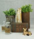 mett-mari-inspiration-dekoration-brun-potte-vase-bambi-hjort-plante-apotek-forstenet-trae
